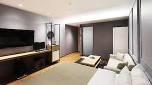 각각 다른 스타일의 객실, 각각 다르게 가구가 비치된 객실, 책상, 무료 WiFi