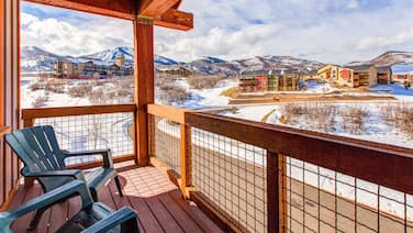 3br W/ Balconies, Hot Tub & Views - Near Gondola 3 Bedroom Townhouse