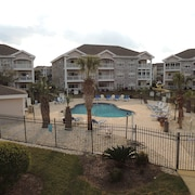 Magnolia Place #204 2nd Row & Beyond 2 Bedroom Condo