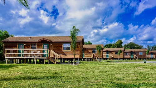 Lake Seminole Fort Wilderness Cabins