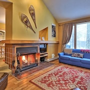 The Woods D2 - Light and Airy Killington Condo.  Amazing Location!