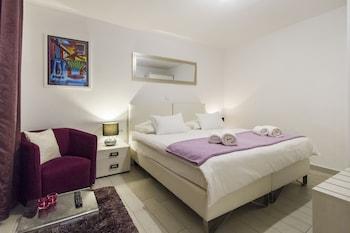 Apartments Gajeta