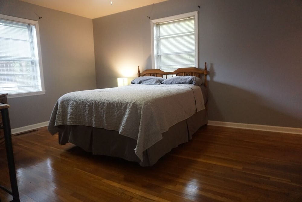 Featured Image, Cozy Apartment Near Research Park