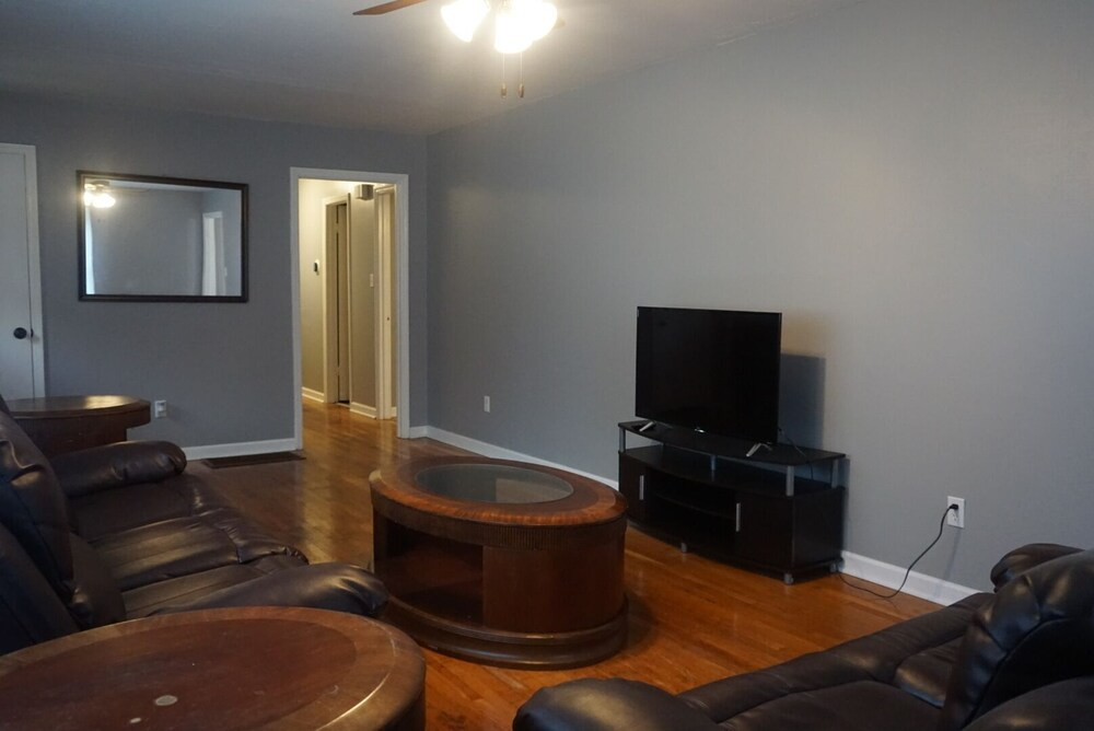 Living Room, Cozy Apartment Near Research Park