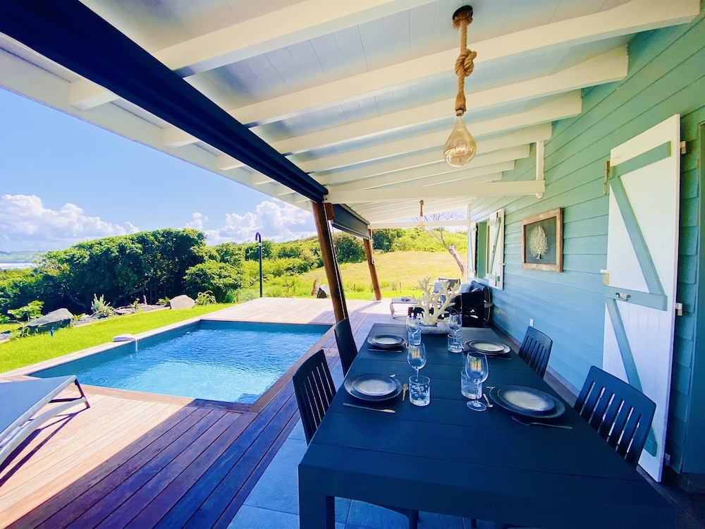 , Villa Corail Blanc 4 , a Dream View at Domaine Bonheur Indigo!