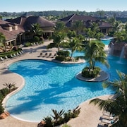 Superb 2000 Sq.ft Condo in Lely Resort. 5 Star Players Club!