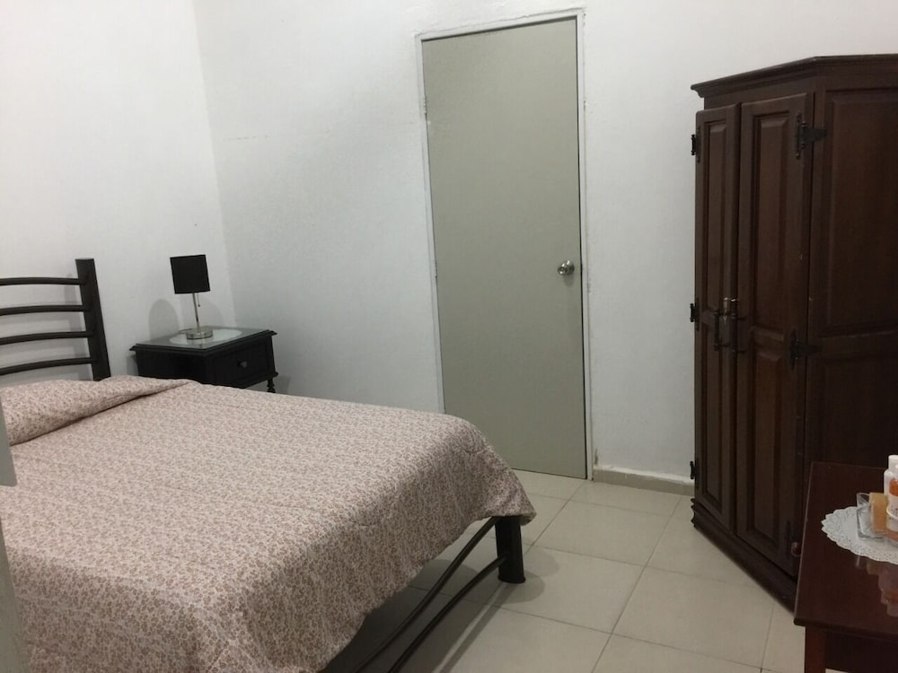 Room, Bakab Hostel & Equestrian Amenities