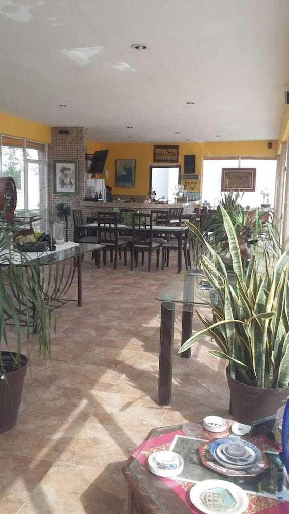 Breakfast Area, Bakab Hostel & Equestrian Amenities
