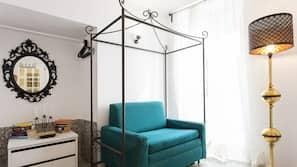 1 bedroom, laptop workspace, iron/ironing board, WiFi