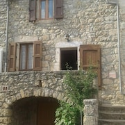 House With 2 Bedrooms in Veyreau, With Wonderful Mountain View and Furnished Terrace - 40 km From the Slopes