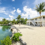 Canalfront Home - The Perfect Keys Getaway!