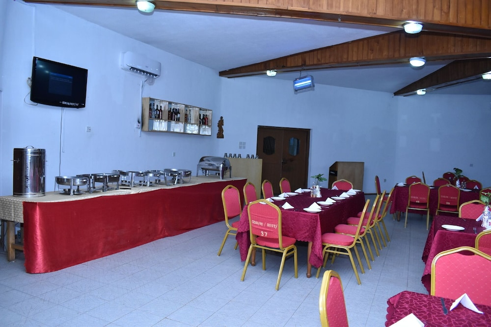 Restaurant, OAU CONFERENCE CENTRE & GUEST HOUSES LTD