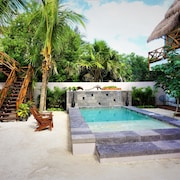 La Puerta Azul Beachfront - Adults Only