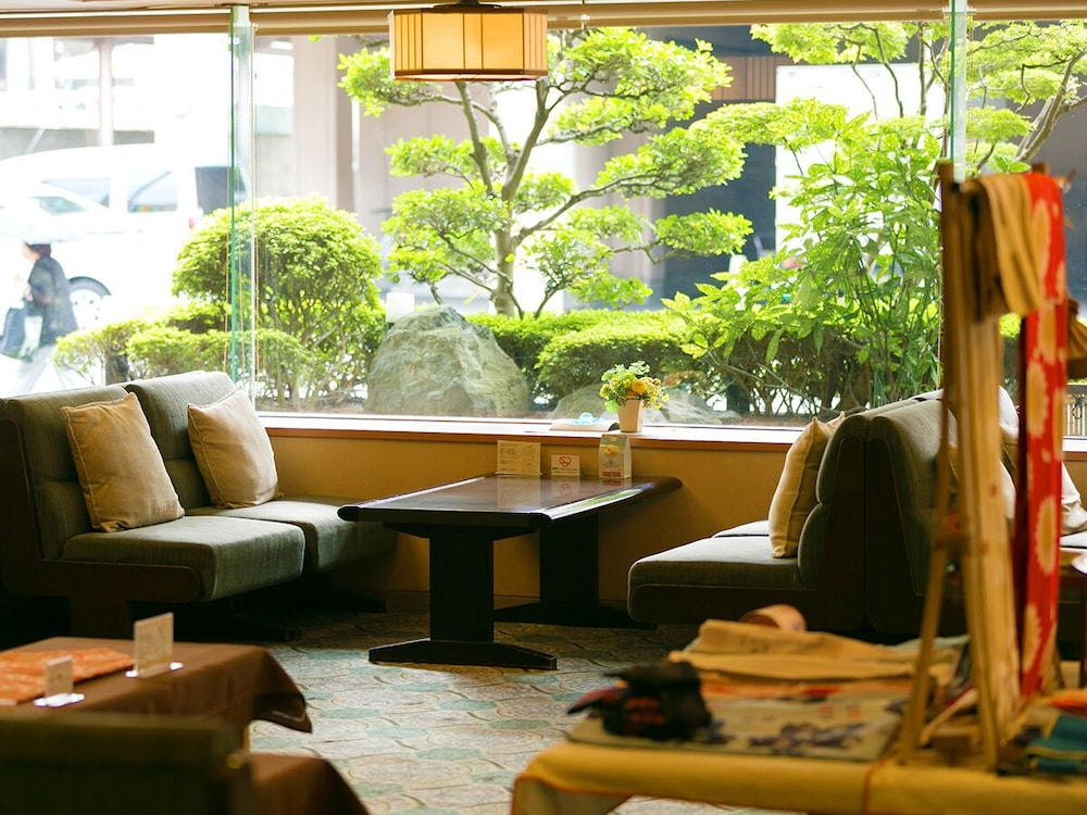 Lobby Sitting Area, Dogo Grand Hotel