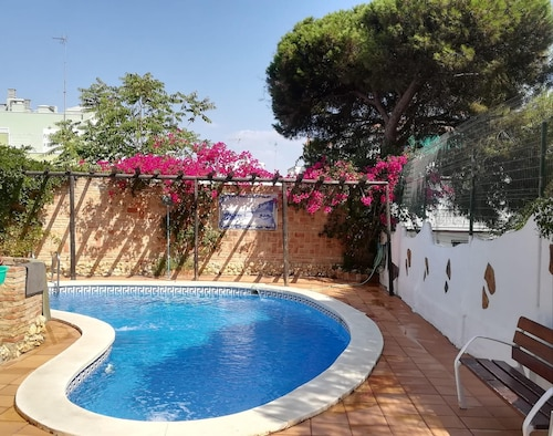 Villa With 2 Bedrooms in Punta Umbría, With Private Pool, Enclosed Garden and Wifi