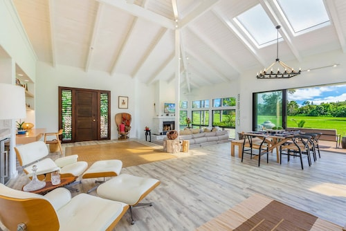 New! Luxury, Upscale,home on the Golf Greens in Prestigious Princeville
