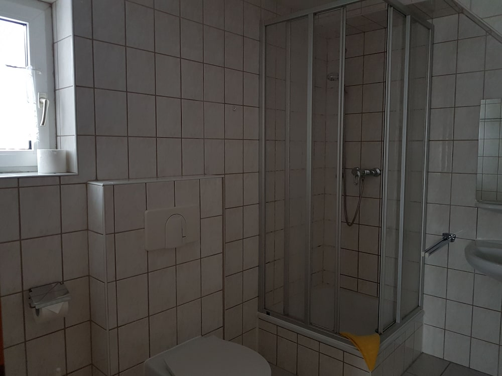 Bathroom, Gasthof & Pension Zur Friedenseiche