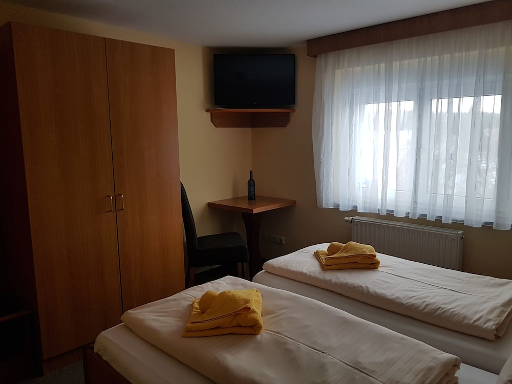 Room Amenity, Gasthof & Pension Zur Friedenseiche