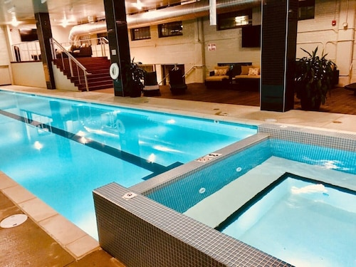 Dtkc Walk 2 P&l, Sprintcenter & ALL the Fun! Pool Table &year Round Pool&hottub!