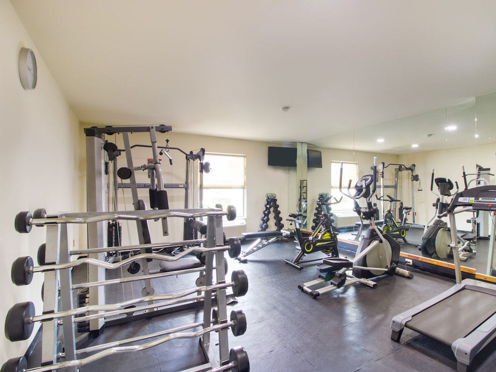 Fitness Facility, Capital O Hotel Herederos