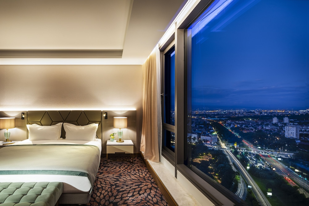 City View, Grand Hotel Millennium Sofia