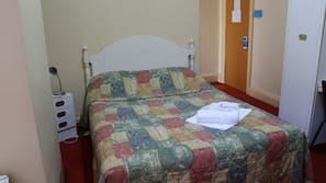 Free WiFi, bed sheets