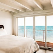 Oceana by AvantStay | Malibu Home w/ Direct Beach Access & Panoramic Ocean Views