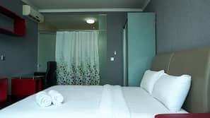 1 kamar tidur, meja kerja, Wi-Fi gratis, dan seprai linen