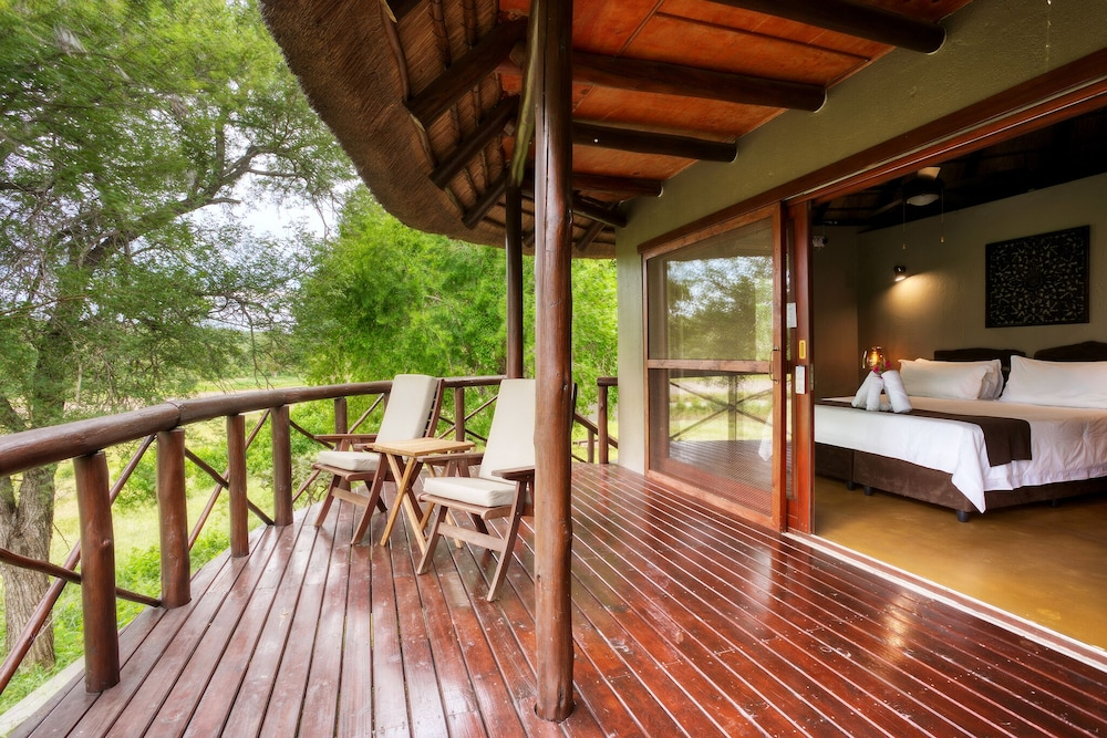 Terrace/Patio, Emhosheni River Lodge