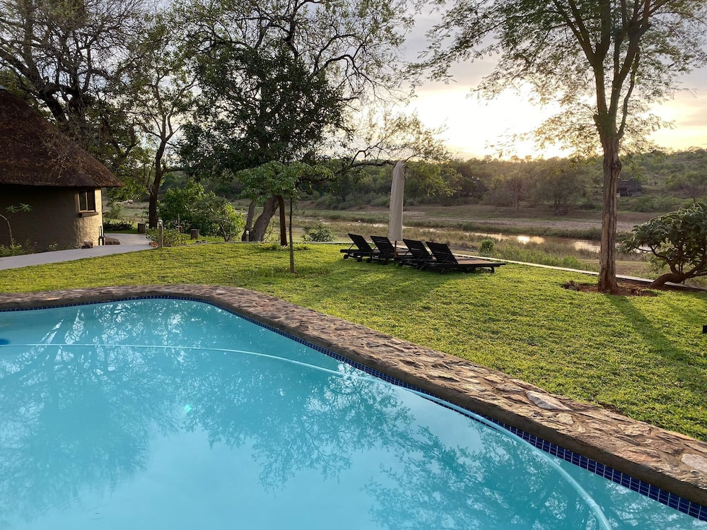 Outdoor Pool, Emhosheni River Lodge