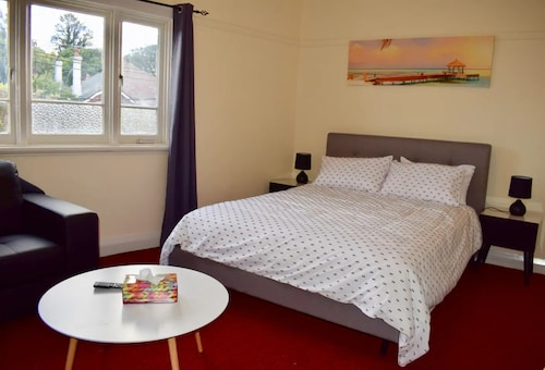 Comfortable Apartment In Trendy Haberfield
