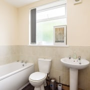 Large Spacious Three Bed Town House