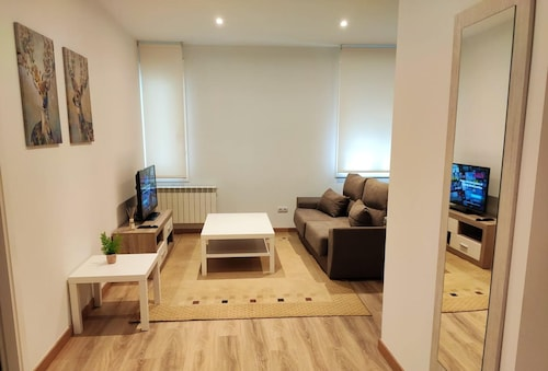 Apartment With 2 Bedrooms in Ourense, With Wifi