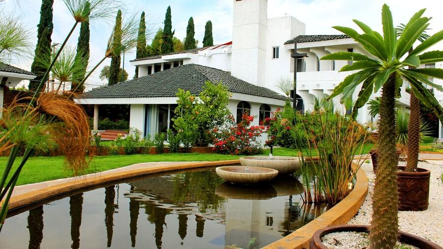 Santo Refugio Heritage Hotel