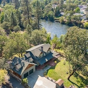 Fisherman's Heavenly Rogue River Retreat