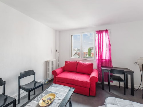 Nice Flat in St-denis Close to Stade de France, 10 min From Paris - Welkeys