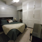 Parkview Hotel Suites - Adults Only