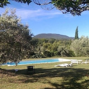 Villa With 3 Bedrooms in Cucuron, With Private Pool, Enclosed Garden and Wifi - 50 km From the Beach