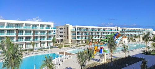 Serenade Punta Cana Beach & Spa Resort - All Inclusive