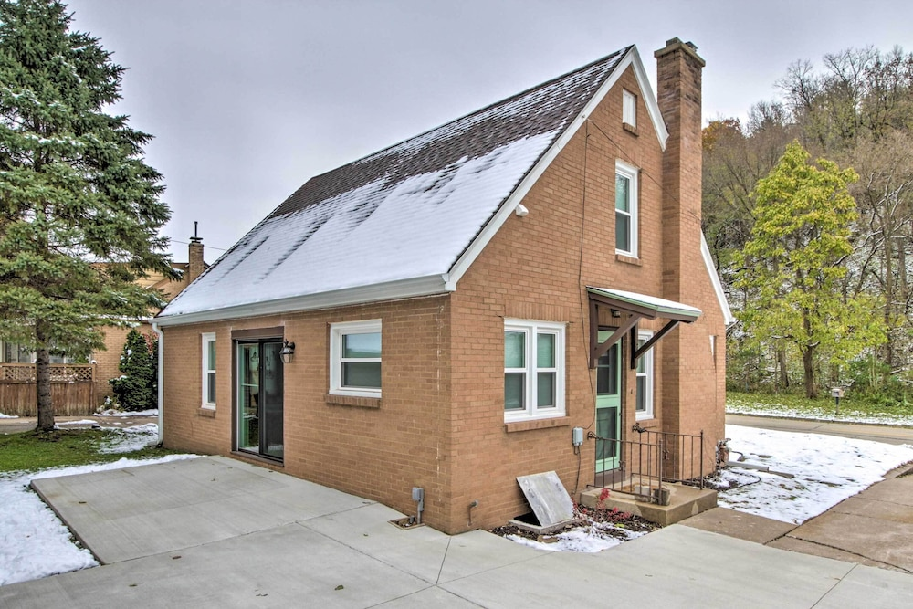 Exterior, Renovated Historic Home < 1 Mile to Eagle Point!