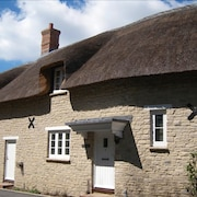 Lulworth Cove Cottage