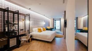 Daunenbettdecken, Betten mit Memory-Foam-Matratzen, Zimmersafe
