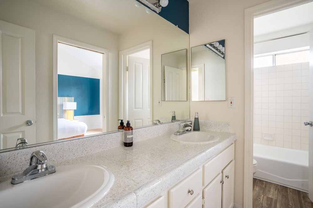 Bathroom, WanderJaunt | Emerald St Townhomes