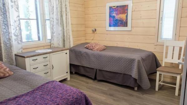 3 makuuhuonetta, internet