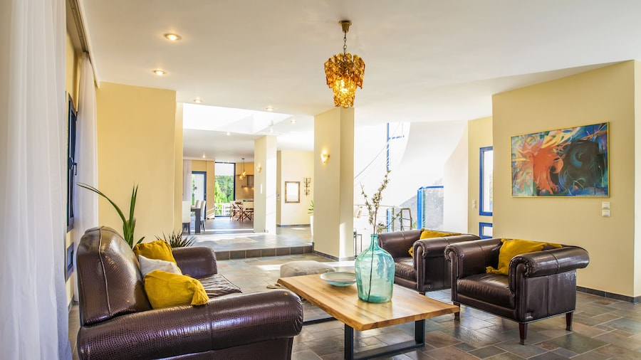 Themis Luxury Villa Rhodes