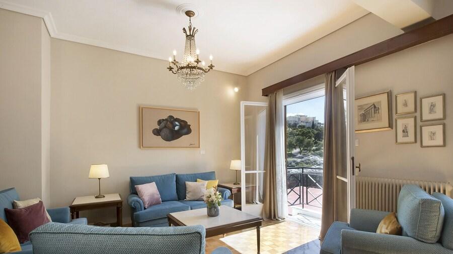 Amazing Two Storey Apartment - Thissio