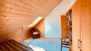 2 soveværelser, strygejern/strygebræt, baby-/barnesenge