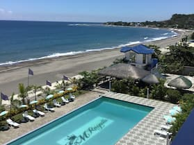EM Royalle Hotel & Beach Resort