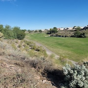 Coyote Lakes golf community