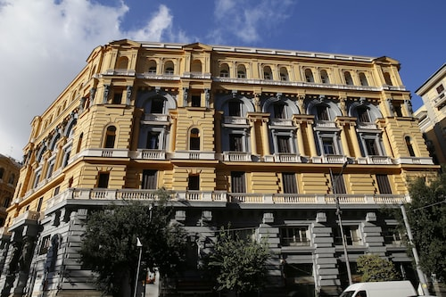 Napoli Mariana Luxury